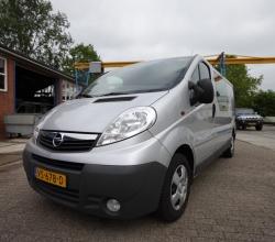 Opel Vivaro (4)